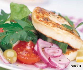 Salat mit gegrilltem Halloumi