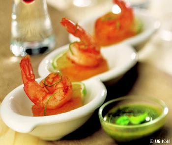 Garnele auf Polentataler mit Salsa Verde