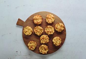 Kasnockn-Muffins mit Röstzwiebeln